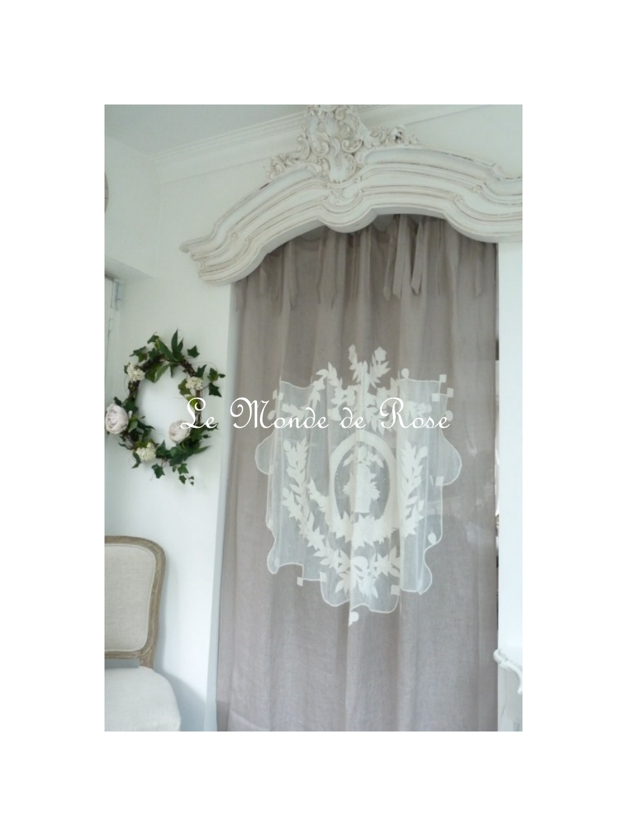 rideaux coquecigrues le monde de rose. Black Bedroom Furniture Sets. Home Design Ideas