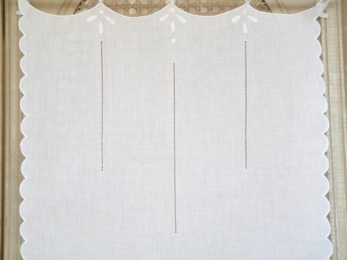 brise bise blanc brod bord de mer le monde de rose. Black Bedroom Furniture Sets. Home Design Ideas