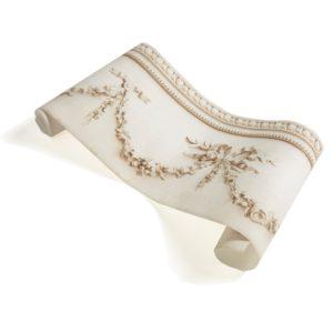 papier-peint-moulures-romantiques-beiges