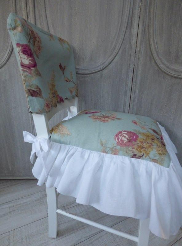 cottage blue housse dossier de chaise le monde de rose. Black Bedroom Furniture Sets. Home Design Ideas