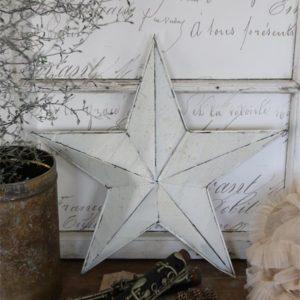 étoile en métal