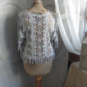poncho crochet gris perle