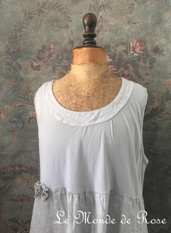 robe lin et coton shabby chic grise le monde de rose. Black Bedroom Furniture Sets. Home Design Ideas