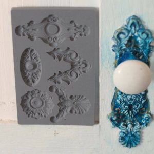 Moules décoratifs