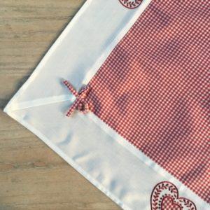 nappe vichy rouge décoration chalet (3)
