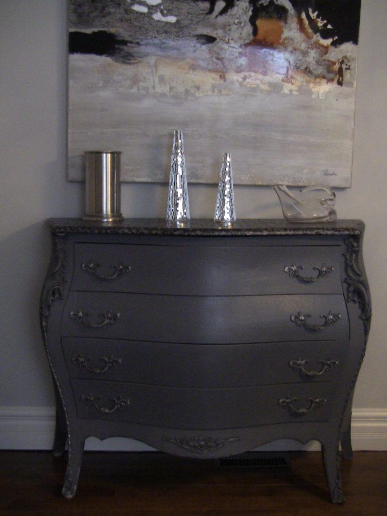 Appliquer la peinture Annie Sloan CHALK PAINT sur du métal