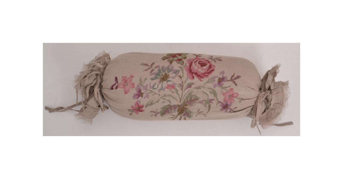 coussin polochon mod le pastorale de coquecigrues le monde de rose. Black Bedroom Furniture Sets. Home Design Ideas