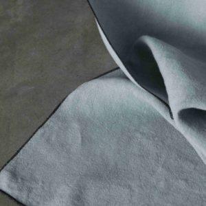 Rideau lin lavé VERT GRIS bourdon noir 160x270cm