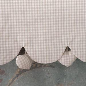 Cantonnière vichy beige Modèle COEUR