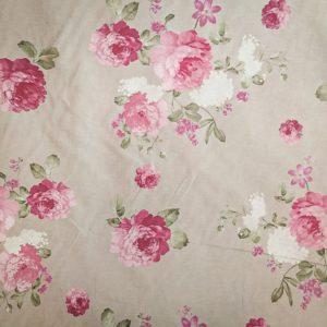 Tissu shabby motif roses grandes fleurs fond beige/lin largeur 280 cmTissus shabby détails motif roses grandes fleurs fond beige/lin largeur 280 cm
