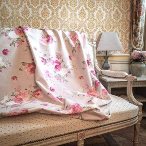 Tissu shabby motif roses grandes fleurs fond beige/lin largeur 280 cm